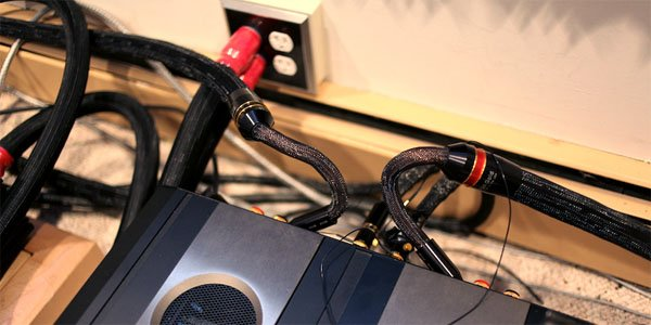 How to Organize Computer Cables Under Your work Desk